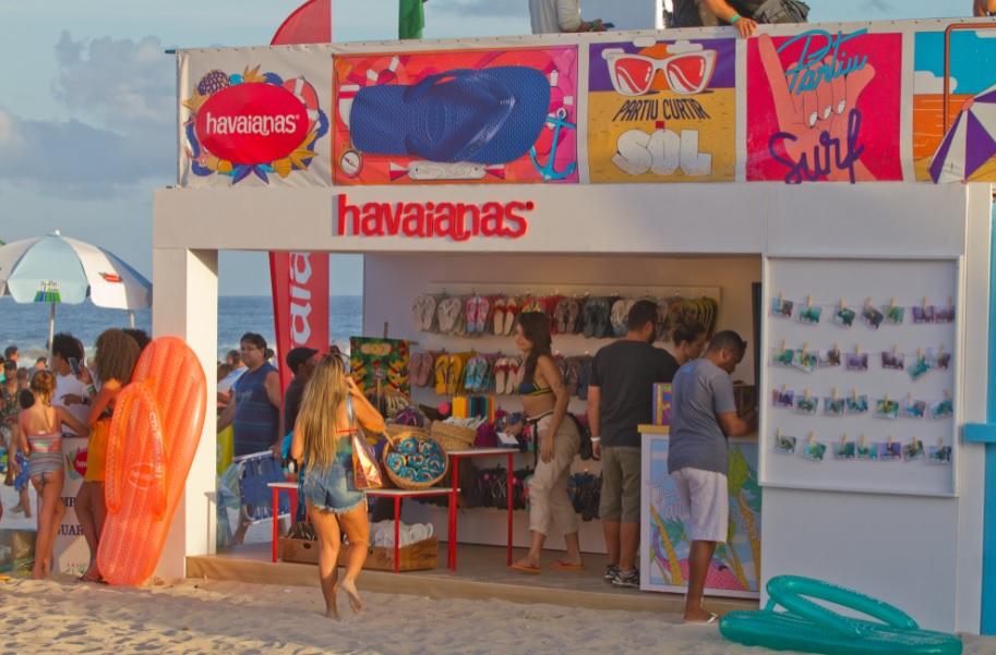 """Havaianas """"abraça"""" surfe de vez com patrocínio global à WSL"""